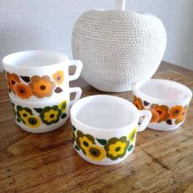 4 tasses à café arcopal, collection lotus