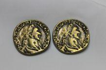 2 boutons ancien façon pièce de monnaie tête césar