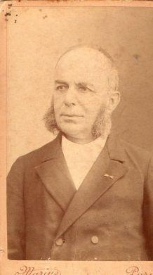 photo ancienne homme aux rouflaquettes vers 1900