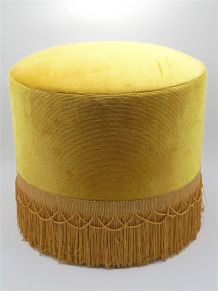 Pouf vintage en velours or