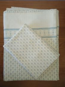 Anciennes parures de lit - Coton fin et résistant