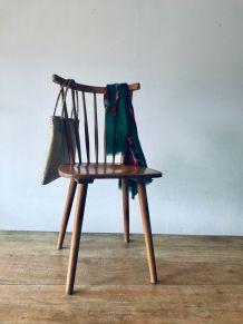 Chaise à barreaux style Hiller Tapiovaara