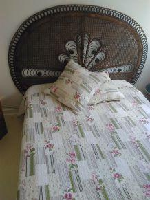 Parure couvre lit - Jeté de lit + Taies assorties