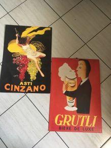 Deux cartons publicitaires.