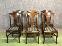 Suite de 6 chaises anglaises en chêne début XXème