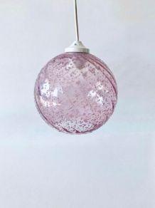 Suspension luminaire vintage boule en verre rose