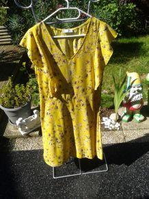 adorable robe jaune et motif  T42 vintage