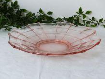 Coupe à fruits en verre moulé rose
