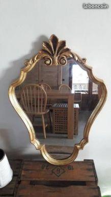 Miroir doré vintage