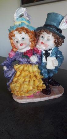 Couple en résine vintage