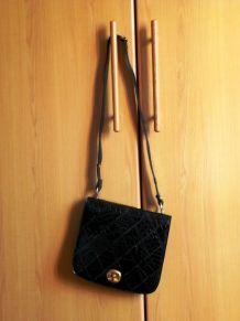 Elégant petit sac à main vintage occasion