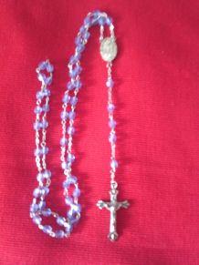 Chapelet avec perles en verre bleu