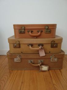 3 valises anciennes
