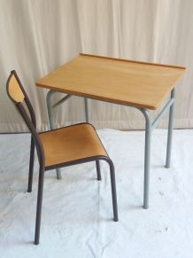 TABLE BUREAU A CREDENCE