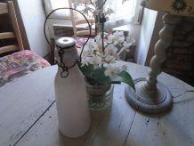Bouteille à lait en verre opalescent