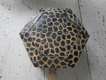Boite octogonale en bois