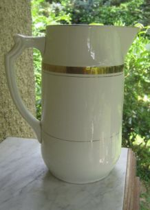 Ancien Broc A  Eau  Faience Blanc Or Art Deco 1920 St Amand