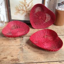 Trio de corbeilles vintage en osier rouge