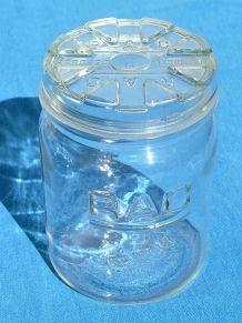 bocal  ancien   en verre  RAC , vintage
