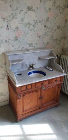 Meuble de toilette ancien