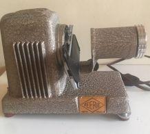 Projecteur 24x36 Féerie de Kafta- années 50