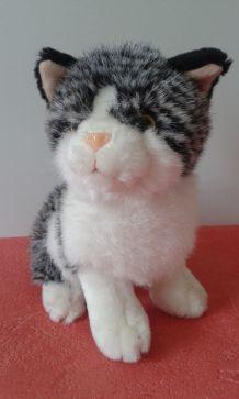 Chat tricolore en peluche