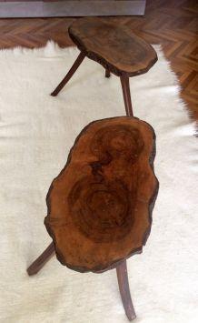 Magnifique paire de tables tripodes brutalistes