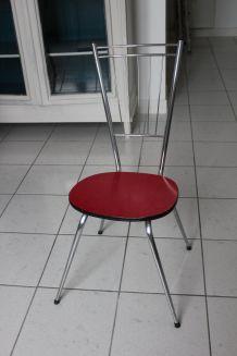 Table + 4 chaises en formica rouge