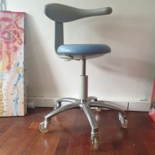Chaise design année 70