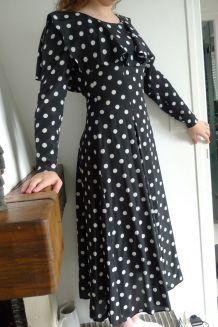 robe cacharel en mousseline de soie , à pois années 70