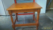 table d'appoint H49 L59  l 42