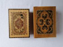 2 boîtes à musique marquetées