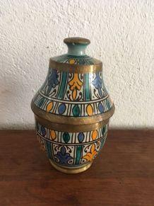 Pot marocain des années 70.