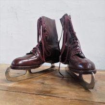 Paire de patins à glace années 1930