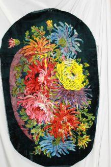 chemin de table en velours fleuri