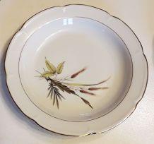 Lot 6 assiettes creuses et 6 plates, porcelaine de Vierzon