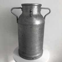 Pot à Lait vintage