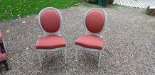 Paire de chaises médaillon
