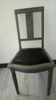 chaise croco noir