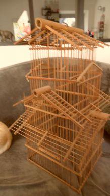 ancienne cage d'oiseaux