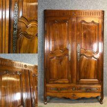 Façade d'armoire en noyer - XVIIIème
