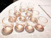 Ensemble de 11  verres à liqueur anciens