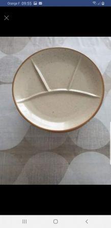 Lot 8 assiettes à fondue
