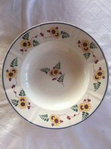 Assiettes Faïence de Sarreguemines, décor BRUGES