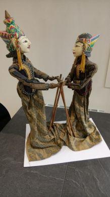 marionettes balinaises à tige Wayang golek