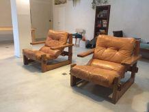 Paire de fauteuils vintage bois et cuir design 60 - 70
