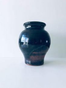 Vase en grès signé André Nault
