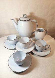 Service moderniste Epiag thé ou café bleu pâle