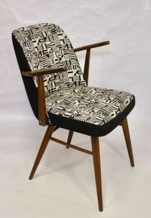 Chaise scandinave avec accoudoirs retapissée tissu jacquard