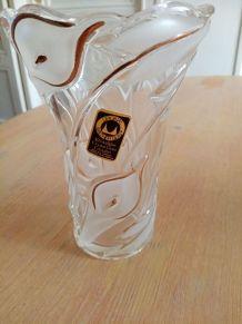 Vase cristallin